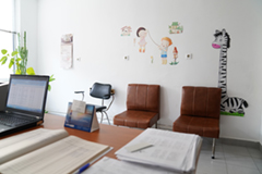 Здравно-консултативен център